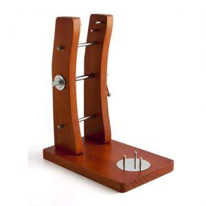 Jamonero con soporte de madera y sistema de prensa